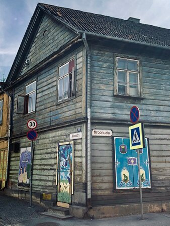 """There aren't very many cities in Europe where graffiti is created in cooperation with city authorities. With its colourful and versatile street art, Tartu is just one of these cities. While strolling down main streets and smaller side streets, you will quite often encounter interesting masterpieces or slogans with graffiti motifs and drawings. Tartu also has its very own international street art festival """"Stencibility"""". Photo: R. Pindus"""