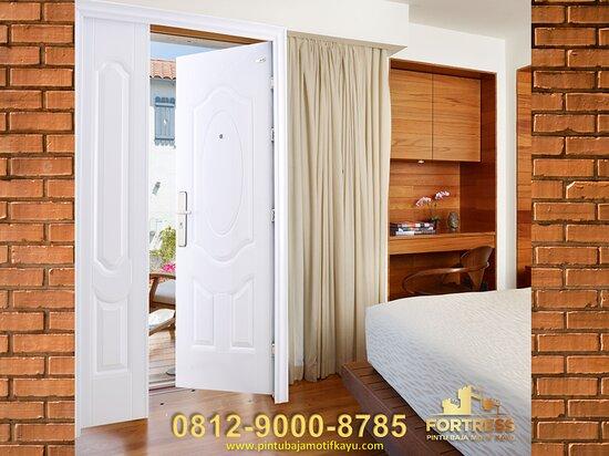 Bali, Indonesia: (+62812-9000-8785 ), Pintu Rumah Minimalis Aluminium Gianyar   Mau liat langsung FORTRESS dan semua FITUR KEUNGGULANNYA  Boleh Langsung hubungi ke WA : +62812-9000-8785 FORTRESS - PINTU BAJA MOTIF KAYU Jl. Tentara Pelajar No.21, Gilingan, Kec. Banjarsari, Kota Surakarta, Jawa Tengah 57134 https://www.pintubajamotifkayu.com/