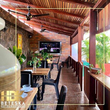 Lorica, Colombia: Terraza. Un espacio amplio y agradable para compartir en familia y amigos