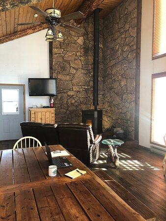 Wolf Creek Ski Lodge Lobby