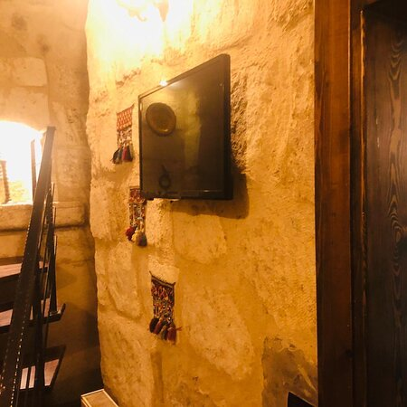 Dublex family cave room