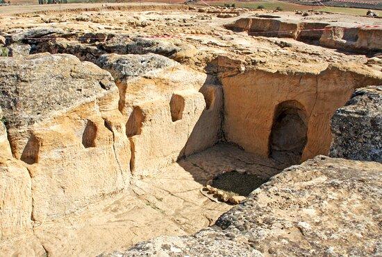 Yacimiento La Cava de Garcinarro-Edificio celtíbero