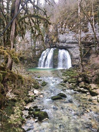 Chouette cascade