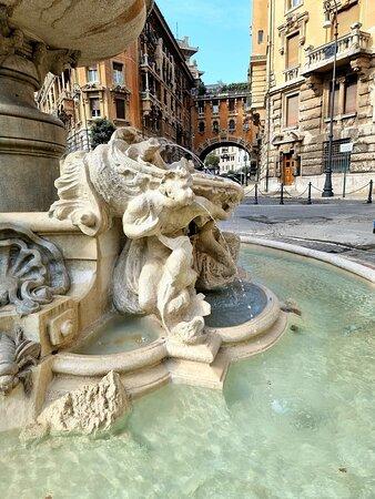Quartiere Coppedè a Roma 17