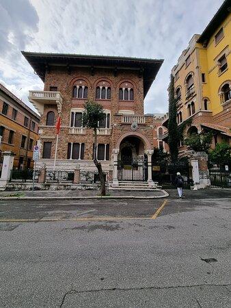 Quartiere Coppedè a Roma 20