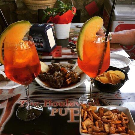 Belmonte Mezzagno, Italia: Ottimo aperitivo con assaggio di selvaggina.😋