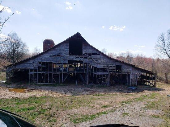 Days of Thunder Barn