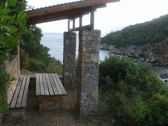 Alonissos/Sporaden, Monopathi Mikros M. Beach - Hora https://www.tripadvisor.com/ShowTopic-g189498-i11893-k13497795-Walking_Book_Chris_Browne-Alonnisos_Sporades.html