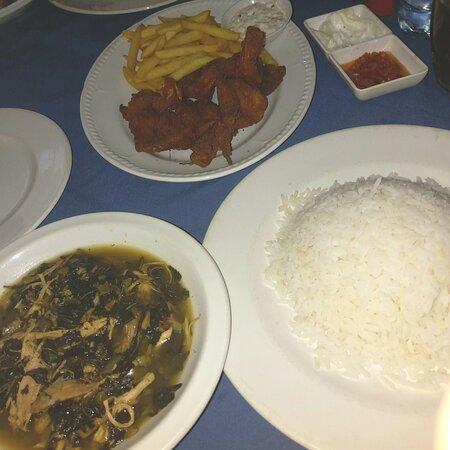 Rice 'n' Moulakiyya & Prawns Panne.