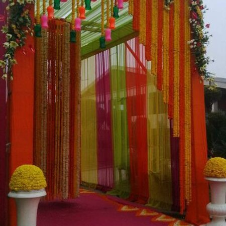 Harmony wedding planner and catering best wedding planner in Mohali contact 9915580857 Harmony wedding planner and catering is a professional wedding planning company whose training, expertise and contacts will help make your wedding as close to perfect as it possibly can be. They claim to be so efficient that 'you end up becoming a guest at your own wedding'. While that sounds too good to be true, we know that the wedding madness is something brides, grooms and their families can't avoid