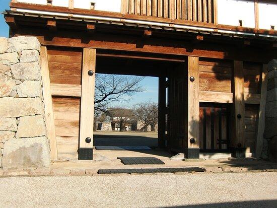 Nagano, Japan: 松代城跡の門から見える場内