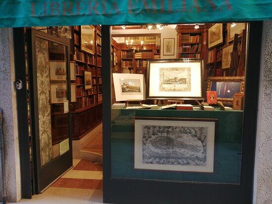 Libreria Emiliana