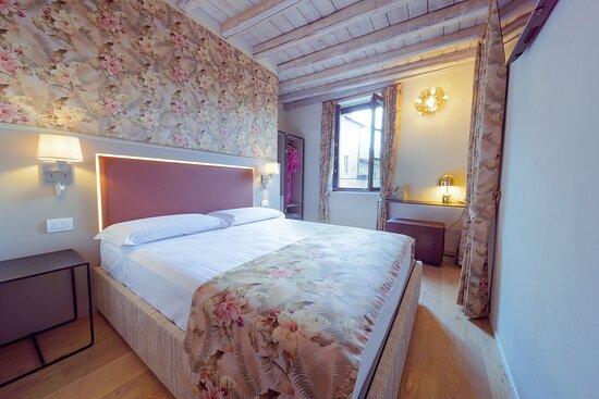 Suites & Atelier Lake Como, hoteles en Como