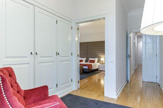 Suite Superior - Quarto de vestir e zona de leitura