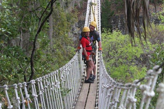 Ảnh về Big Cliff Canyon Zip Line Tour with 9 Zip Line Flights, 2 Sky Bridges, 1 Rappel