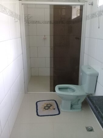 Sao Joao Evangelista, MG: banheiro suite