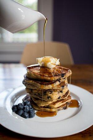 Breakfast at Oakhurst Inn Cafe