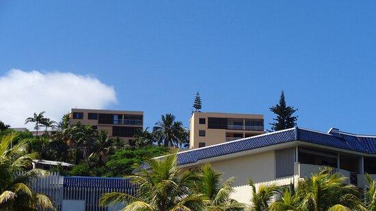Noumea, New Caledonia: ╭ ⛵ ╮ARTILLERIE HILL╭ ⛵ ╮ 𝙉𝙤𝙪𝙢𝙚𝙖 𝘾𝙞𝙩𝙮   ╭ ⚓ ╮ 𝑵𝒆𝒘 𝑪𝒂𝒍𝒆𝒅𝒐𝒏𝒊𝒂  ╭⚓╮