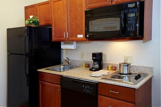 Fully Equipped Kitchen Suite