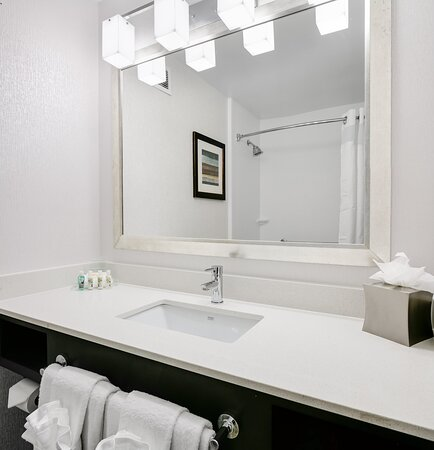 Our fully equipped bathrooms have everything you need.