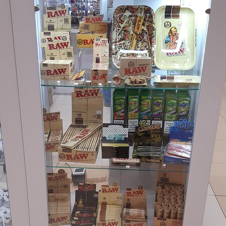 Tarnow, Polonia: Akcesoria do palenia, RAW, Bletki, bibułki, filterki