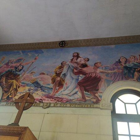 Havanna, Kuba: Chiesa tranquilla,  bella,  pulita, antigua,  puro arte e bellezza