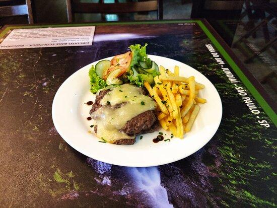 Jundiai, SP: Um dos pratos do nosso almoço executivo, servido de terça a sexta feira.