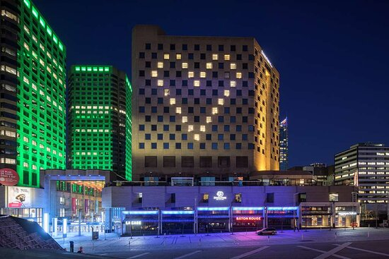 DoubleTree by Hilton Montreal, hoteles en Montreal