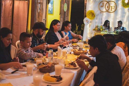 Fray Bartolome de las Casas, Guatemala: Reserva y celebra con nosotros!