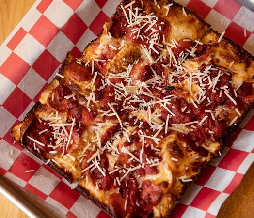 Detroit Classic Pizza Double pepperoni, classic red sauce