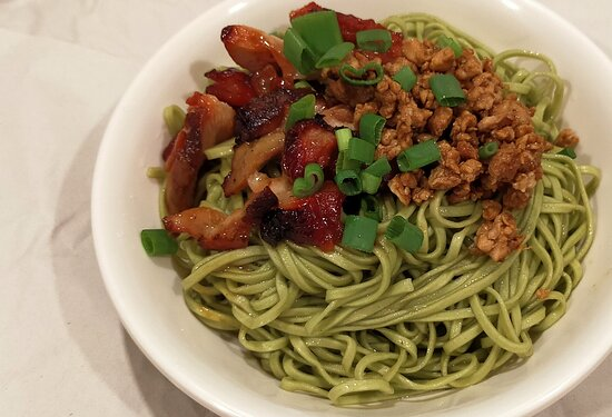 Minced and BBQ Chicken Green Spinach Noodle