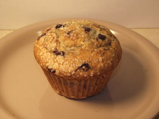 Newfields, New Hampshire: NH - NEWFIELDS - COUNTRY STORE - BLUEBERRY MUFFIN