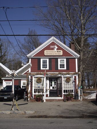 Newfields, New Hampshire: NH - NEWFIELDS - COUNTRY STORE - BUILDING #2
