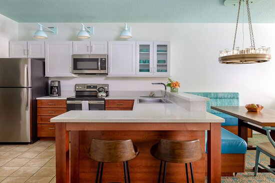 One & Two-Bedroom Villa - Kitchen
