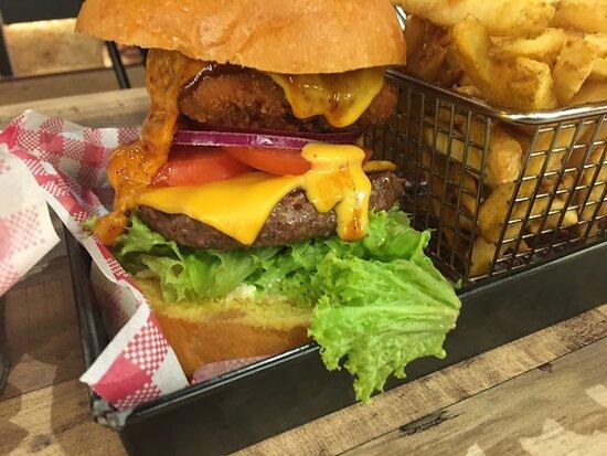 Big Buns Burgers Ribs & Shakes