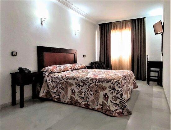 HABITACION DOBLE - Picture of Hotel Averroes, Cordoba - Tripadvisor