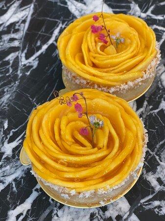 """Today's """"tart of the day"""" - Fresh mango, passionfruit mousse, coconut, creme d'amandes, crunchy shortcrust pastry #mango #tart #passionfruit #coconut #phuketbakery #cakephuket  วันนี้ เป็นวันของทาร์ต ทาร์ต ! เสาวรสทาร์ตกับมะม่วงสุก, ครีมแอลม่อนโรยด้วยมะพร้าวกรุบๆ กรอบๆ อร่อยอย่าบอกใครเลยจ้า !"""