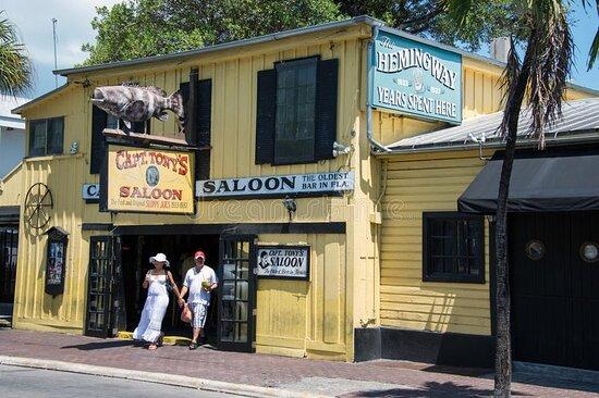 Hemingway in Key West Tours