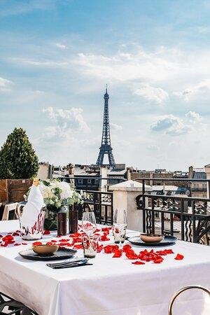 Hôtel Marignan champs elysees - 5 stars grand luxury hotel - best hotel boutique paris - tour eiffel