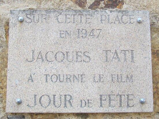 Maison de Jour de Fête. Vue 1. Place du Marché où Le Film a été Tourné en 1947. Sainte Sévère Sur Indre 36160.