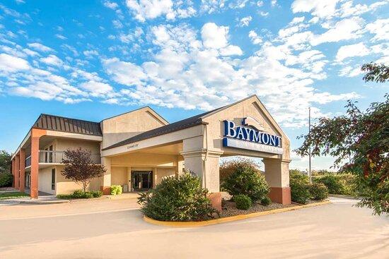 Welcome to the Baymont Topeka
