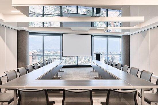 Meeting Room 5 - U-Shape Setup