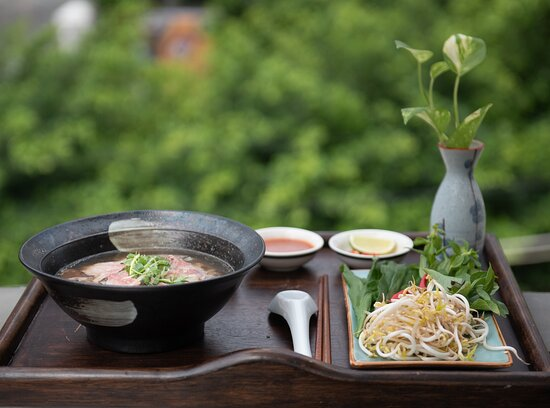 Enjoy foods from our top balcony   ----- Bassac Phở - The first Authentic Vietnamese Noodle in Cambodia. Add: No.12, Street 282, BKK1, PhnomPenh, Cambodia. Hotline 016364477 Delivery Apps: Food Panda, Nham24, Bloc, Muuve and E-get  #BassacPho #MekongFood #BassacGarden #BestPhoInTown #VietnamesFood