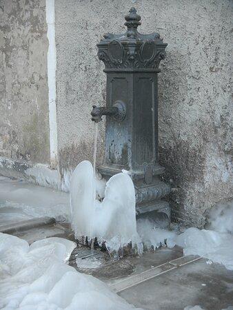 Venice, Italy: Gelata di qualche anno fa