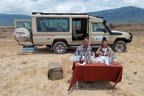 Three Peaks Tanzania Safari -Safari&Tours   kilimanjaro