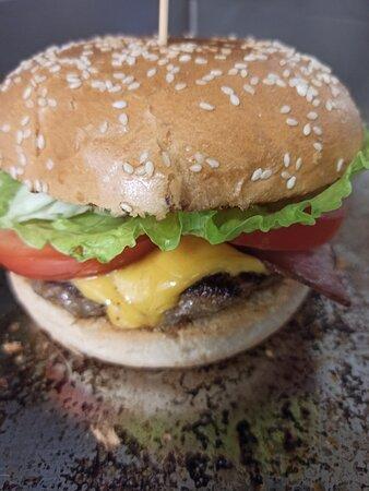 Burger Manin Brunch