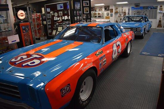Randleman, NC: Richard Petty's famed STP #43