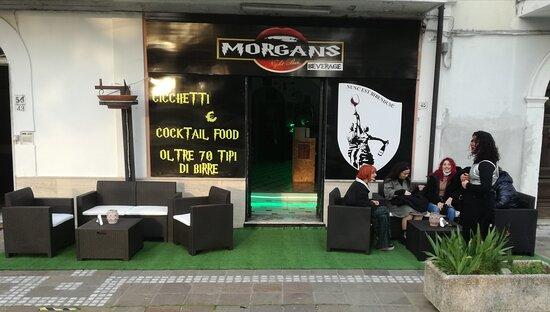 Bar Morgan's