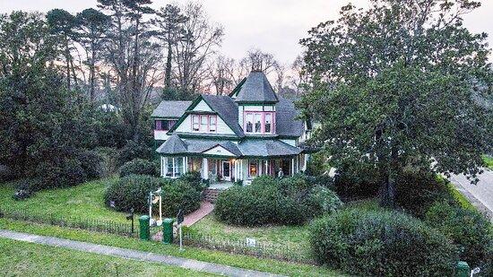 Luverne, AL: Camellia House Bed & Breakfast