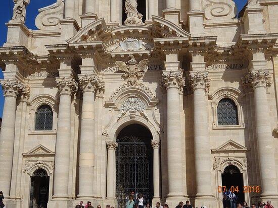 Syrakus, Italien: The magnificent Duomo in Ortigia - Siracusa, Sicily